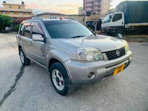 Nissan X-Trail 2004 2.5 SE 4x4 Silver | Cars for sale in Dar es Salaam, Kinondoni