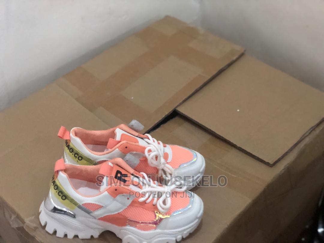 Vinapatikana Karibu Sanaa   Shoes for sale in Temeke, Dar es Salaam, Tanzania