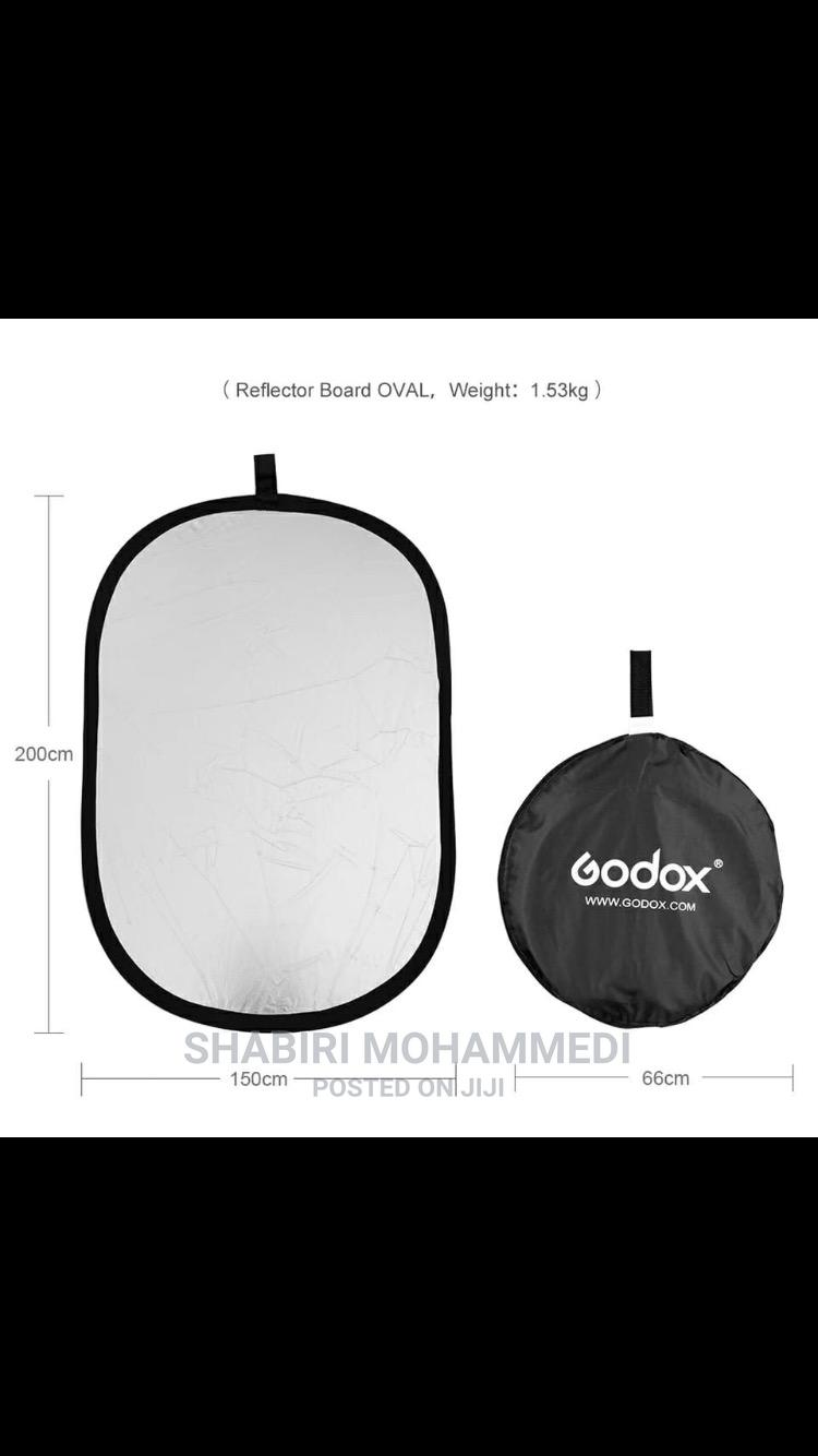 Archive: Godox 150*200cm 2 in 1 Gold and Silver Portable Photography