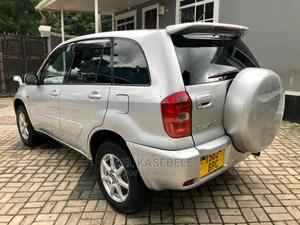 Toyota RAV4 2001 Base AWD Silver | Cars for sale in Dar es Salaam, Ilala