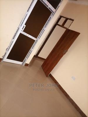 Chumba,Sebule Na Choo (Master Livingroom)   Houses & Apartments For Rent for sale in Dar es Salaam, Kinondoni