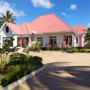 Nyumba Kari Sana Iyo Hapo Ina Uzwa Ipo Kigamboni Geza Ulole   Houses & Apartments For Sale for sale in Dar es Salaam, Temeke