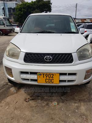 Toyota RAV4 2001 Base AWD White | Cars for sale in Dar es Salaam, Kinondoni