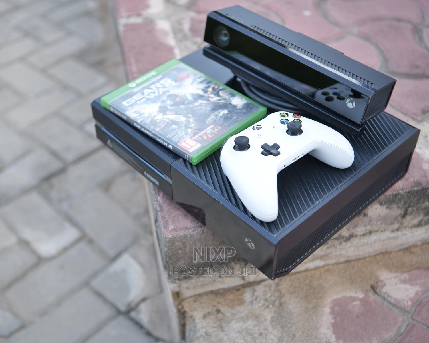 Archive: Xbox One 500gb With Kineckt