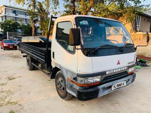 Mitsubishi Canter Ton 3.5   Trucks & Trailers for sale in Dar es Salaam, Kinondoni
