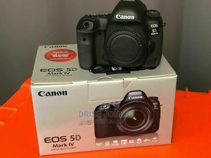 Canon EOS 5D Mark IV DSLR Digital Camera Kit Lens Tripod | Photo & Video Cameras for sale in Arusha Region, Arumeru