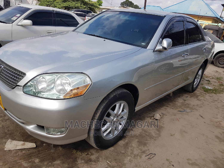 Toyota Mark II 2002 Silver
