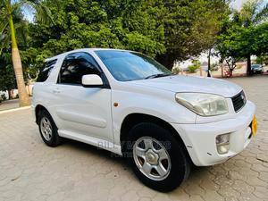 Toyota RAV4 2003 Automatic White | Cars for sale in Dar es Salaam, Kinondoni