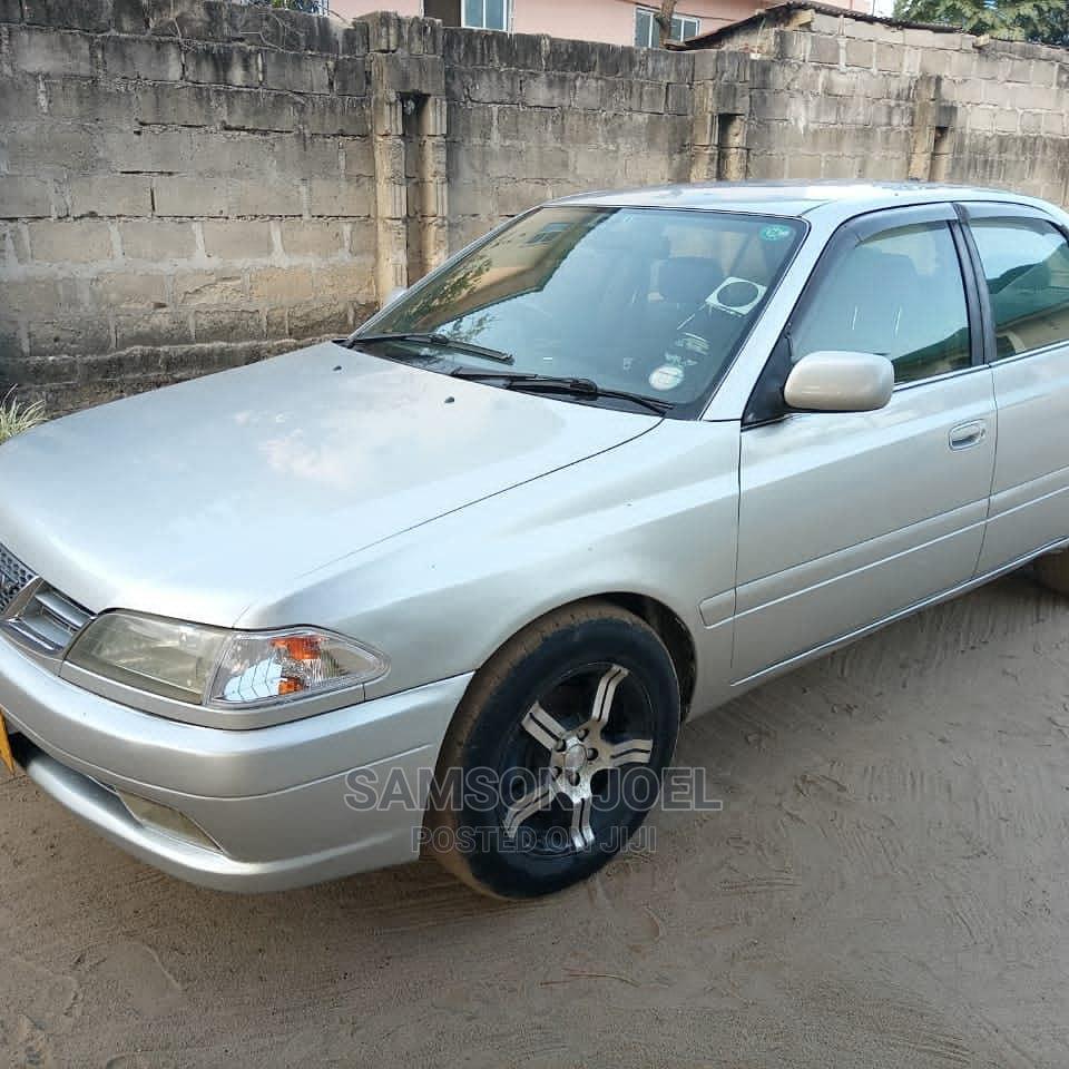 Archive: Toyota Carina 2001 Silver