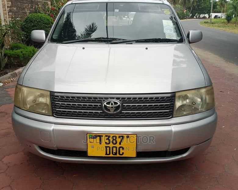 Archive: Toyota Probox 2003 Silver