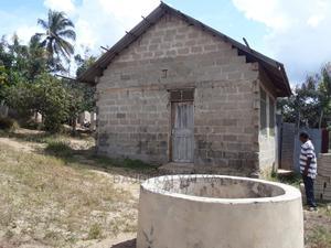 Uwanja Na Kibanda Chake Vinauzwa Mbezi Makabe   Land & Plots For Sale for sale in Dar es Salaam, Kinondoni