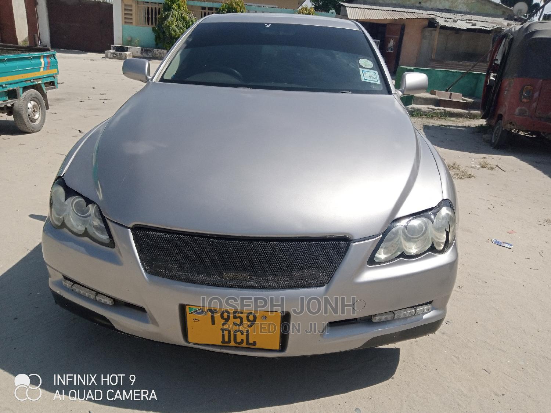 Archive: Toyota Mark X 2005 Gray