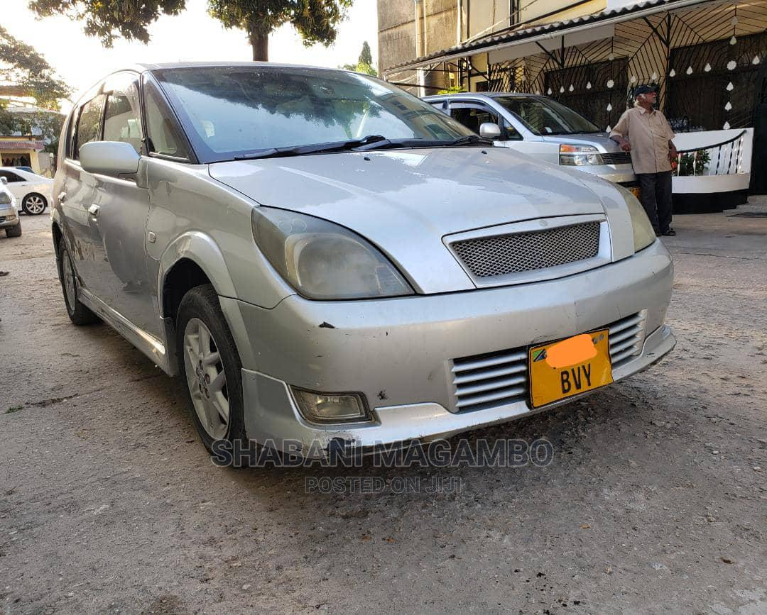 Archive: Toyota Opa 2004 Silver