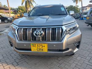 Toyota Land Cruiser 2012 Silver | Cars for sale in Dar es Salaam, Ilala