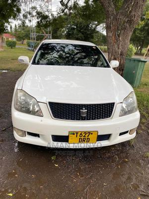 Toyota Crown 2007 White   Cars for sale in Dar es Salaam, Ilala