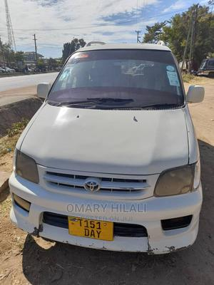 Toyota Noah 2004 2.0 AWD (8 Seater) White | Cars for sale in Mwanza Region, Ilemela