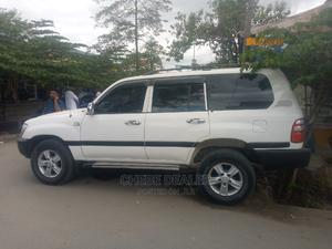 Toyota Land Cruiser 2010 4.0 V6 GX White | Cars for sale in Dar es Salaam, Kinondoni