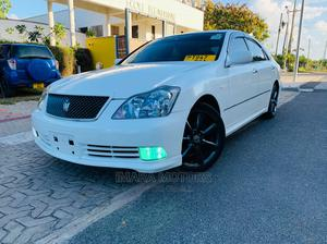 Toyota Crown 2004 White | Cars for sale in Dar es Salaam, Kinondoni