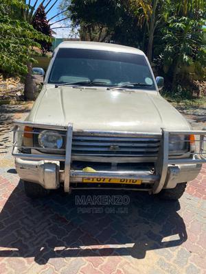 Mitsubishi Pajero 2004 Sport Ivory   Cars for sale in Dar es Salaam, Ilala