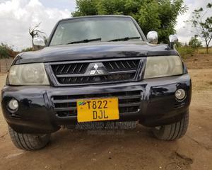 Mitsubishi Pajero 2004 Sport Black   Cars for sale in Dar es Salaam, Kinondoni