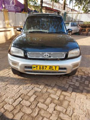 Toyota RAV4 1996 Base FWD Black | Cars for sale in Dar es Salaam, Kinondoni
