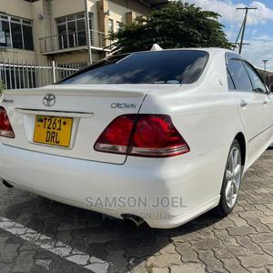 Toyota Crown 2006 Pearl | Cars for sale in Dar es Salaam, Kinondoni