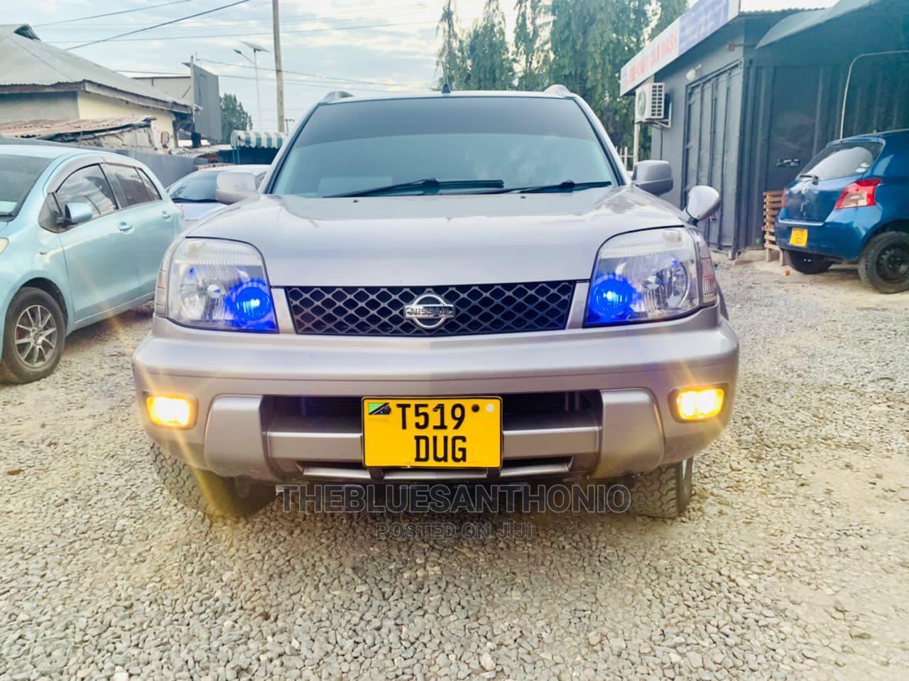 Nissan X-Trail 2001 Silver