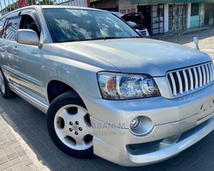 Toyota Kluger 2004 Silver | Cars for sale in Dar es Salaam, Ilala