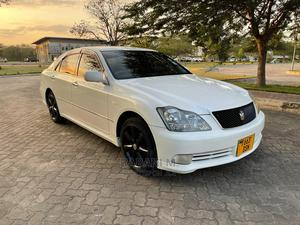 Toyota Crown 2004 White | Cars for sale in Dar es Salaam, Ilala