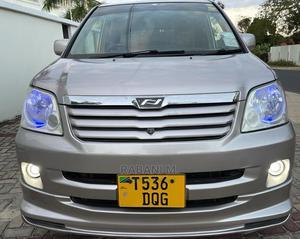 Toyota Noah 2002 Silver | Cars for sale in Dar es Salaam, Ilala