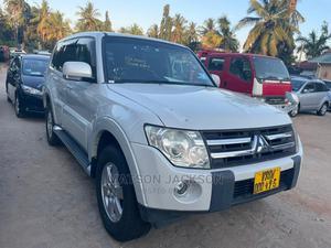 Mitsubishi Pajero 2006 Silver   Cars for sale in Dar es Salaam, Kinondoni