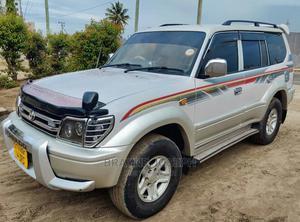 Toyota Land Cruiser Prado 2001 2.7 16V 3dr Silver | Cars for sale in Dar es Salaam, Kinondoni