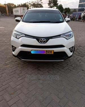 Toyota RAV4 2015 LE 4dr SUV (2.5L 4cyl 6A) White | Cars for sale in Dar es Salaam, Kinondoni