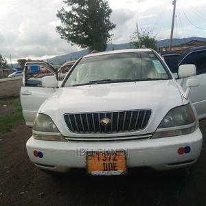 Toyota Harrier 2004 3.0 V6 White | Cars for sale in Mbeya Region, Mbeya City