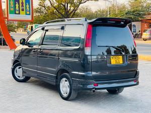 Toyota Noah 2001 2.0 AWD (8 Seater) Black   Cars for sale in Dar es Salaam, Kinondoni