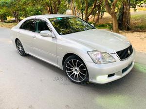 Toyota Crown 2004 Silver   Cars for sale in Dar es Salaam, Kinondoni
