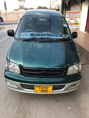 Toyota Noah 2003 2.0 AWD (8 Seater) Green | Cars for sale in Dar es Salaam, Kinondoni