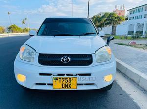 Toyota RAV4 2004 1.8 White | Cars for sale in Dar es Salaam, Kinondoni