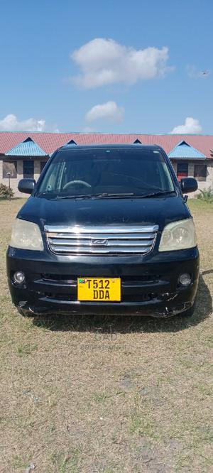 Toyota Noah 2005 2.0 AWD (8 Seater) Black | Cars for sale in Dar es Salaam, Temeke