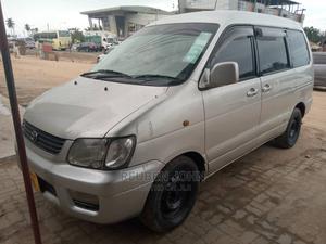 Toyota Noah 2001 Gold | Cars for sale in Dar es Salaam, Kinondoni