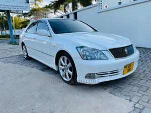 Toyota Crown 2005 Royale Pearl   Cars for sale in Dar es Salaam, Kinondoni