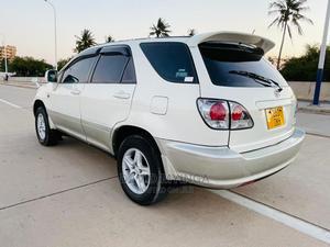 Toyota Harrier 2002 White   Cars for sale in Dar es Salaam, Kinondoni