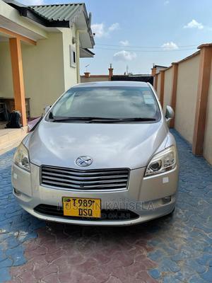 Toyota Mark X Zio 2010 Silver | Cars for sale in Dar es Salaam, Kinondoni