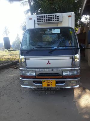 Mitsubishi Canter 1998 White   Trucks & Trailers for sale in Dar es Salaam, Kinondoni