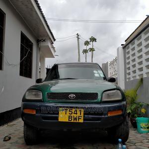 Toyota RAV4 1997 Base FWD Green | Cars for sale in Dar es Salaam, Ilala