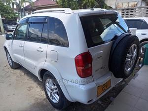 Toyota RAV4 2003 Automatic White   Cars for sale in Dar es Salaam, Kinondoni