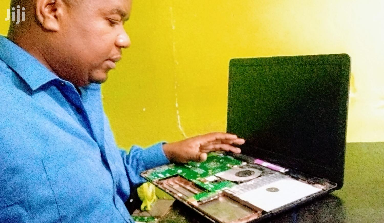 Fundi Laptop   Computer Tepair Services   Computer & IT Services for sale in Kinondoni, Dar es Salaam, Tanzania