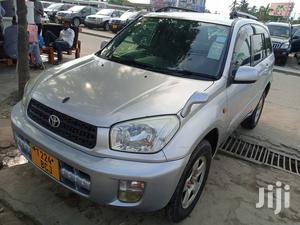 Toyota RAV4 2004 Automatic Silver | Cars for sale in Dar es Salaam, Kinondoni