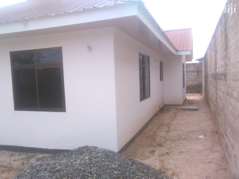 Ina Vyumba3,Master,Sebule,Jiko,Public Toilet Na Car Parking   Houses & Apartments For Rent for sale in Kinondoni, Dar es Salaam, Tanzania