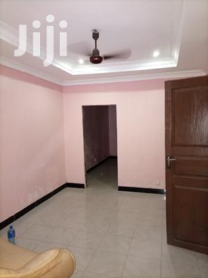 Vyumba 2, Sebule,Jiko,Master Na Public Toilet, Car Parking | Houses & Apartments For Rent for sale in Dar es Salaam, Kinondoni